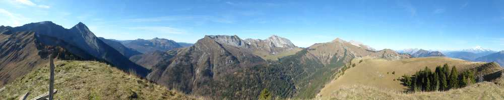 Panorama depuis le Grand Roc.